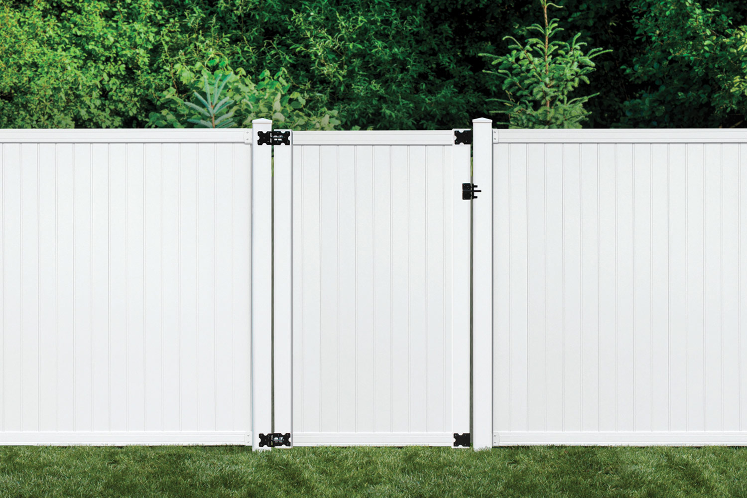 Sixth Avenue Building Products Belfast Privacy Fence and Gate - White